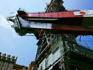 Abseiling, Maersk Deliverer