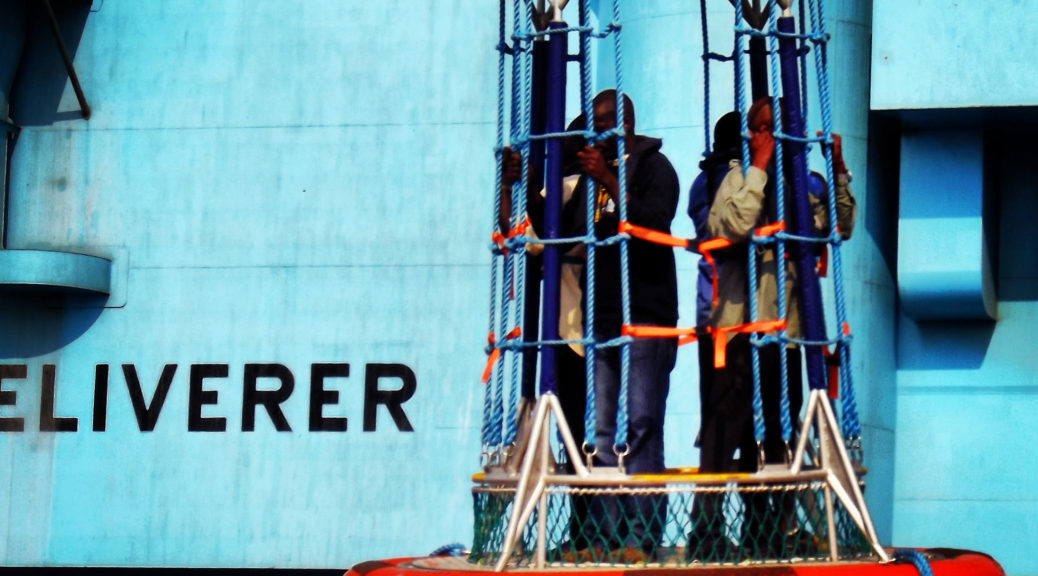 Crew change, Maersk Deliverer